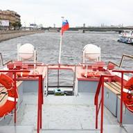Открытая площадка теплохода Москва 213