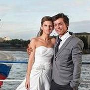 Свадьба на фоне видов Санкт-Петербурга