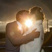 Свадебный поцелуй на теплоходе